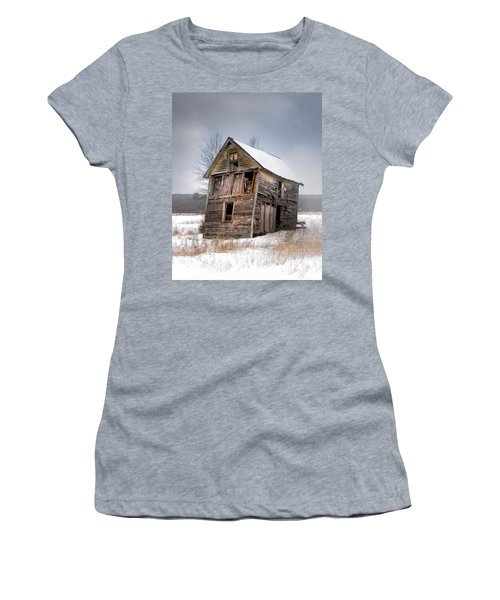 Portrait Of An Old Shack - Agriculural Buildings And Barns Women's T-Shirt