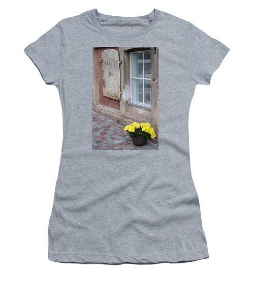 Potted Flowers  Women's T-Shirt (Athletic Fit)