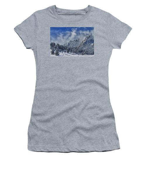 Rocky Mountain Dusting Of Snow Boulder Colorado Women's T-Shirt