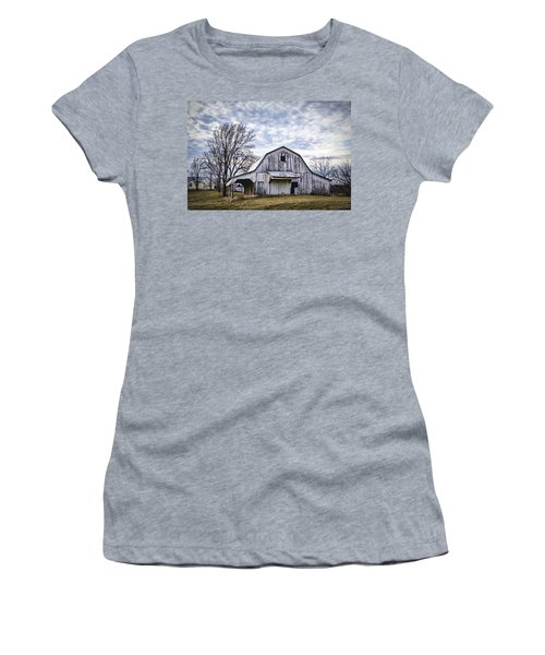 Rustic White Barn Women's T-Shirt