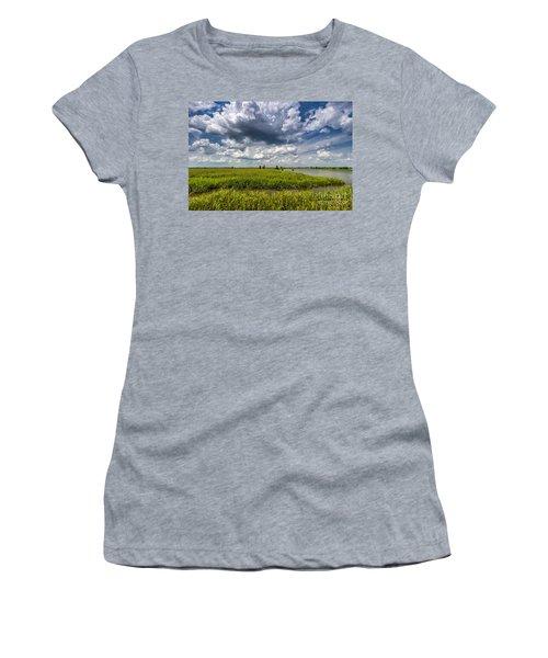 Savannah Wildlife Refuge  Women's T-Shirt