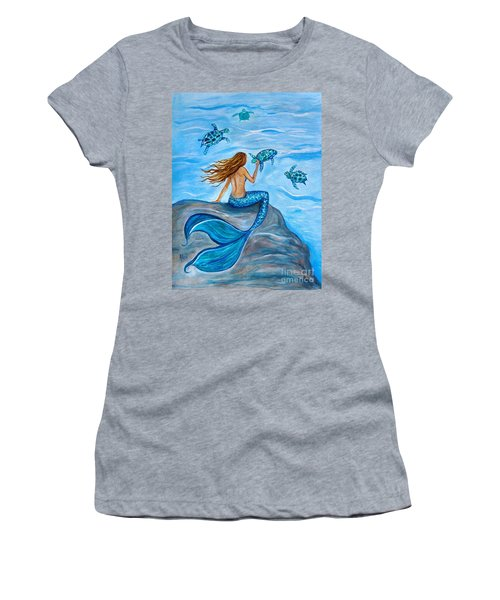 Sea Turtle Friends Women's T-Shirt (Athletic Fit)
