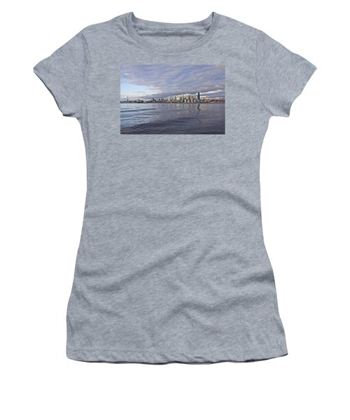 Seattle Skyline Cityscape Women's T-Shirt