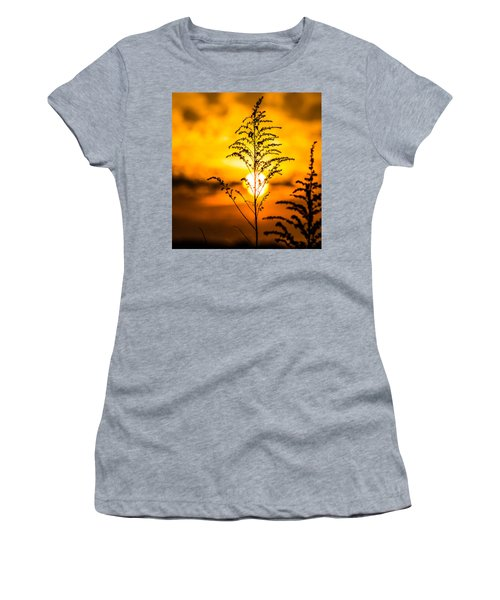 Setting Sun Women's T-Shirt