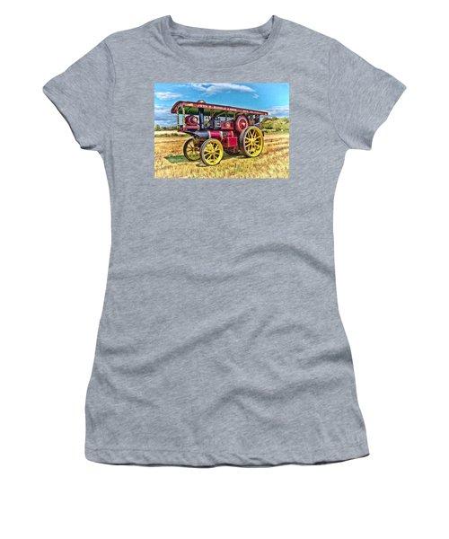 Showmans Engine Women's T-Shirt (Athletic Fit)