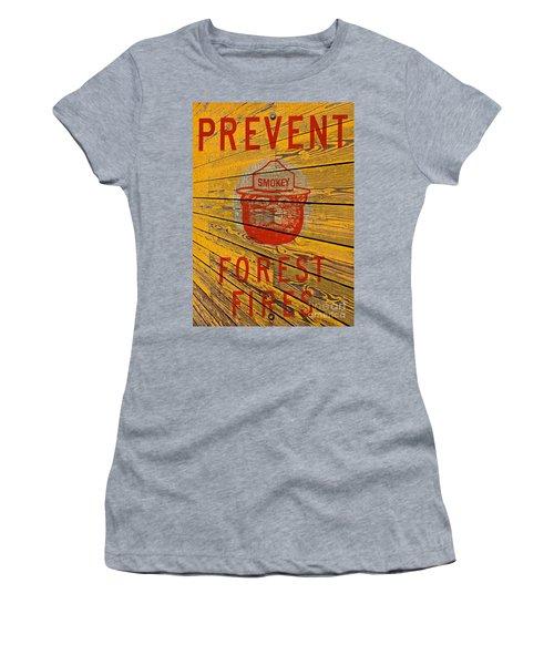 Smokey Women's T-Shirt (Athletic Fit)