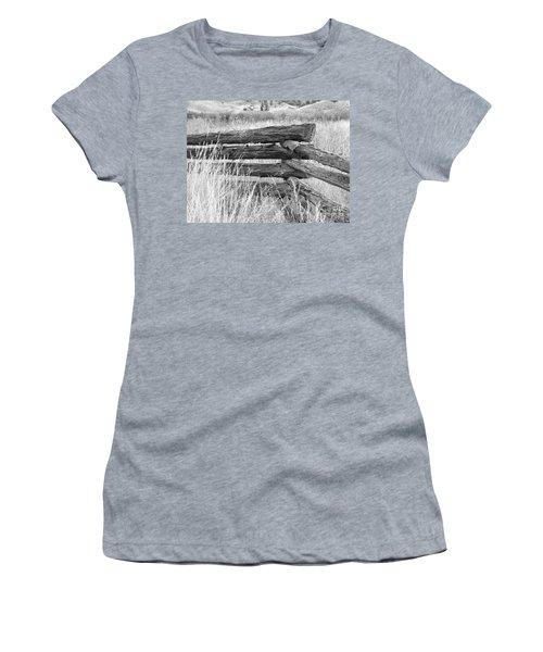 Snake Fence  Women's T-Shirt