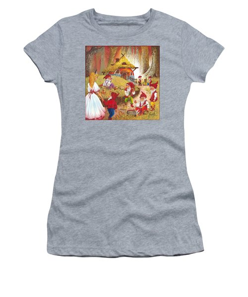 Snow White And The Seven Dwarfs Women's T-Shirt (Athletic Fit)
