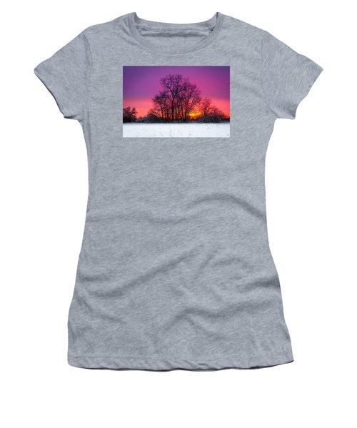 Snowy Sunset Women's T-Shirt