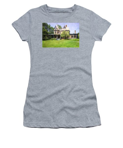 Southport Victorian Women's T-Shirt (Athletic Fit)
