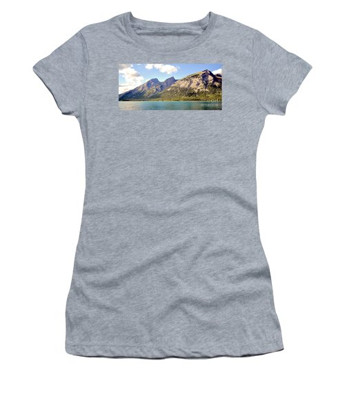 Spray Lake Mountains Women's T-Shirt (Athletic Fit)