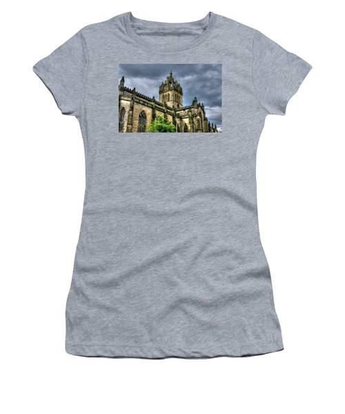 St Giles And Tree Women's T-Shirt