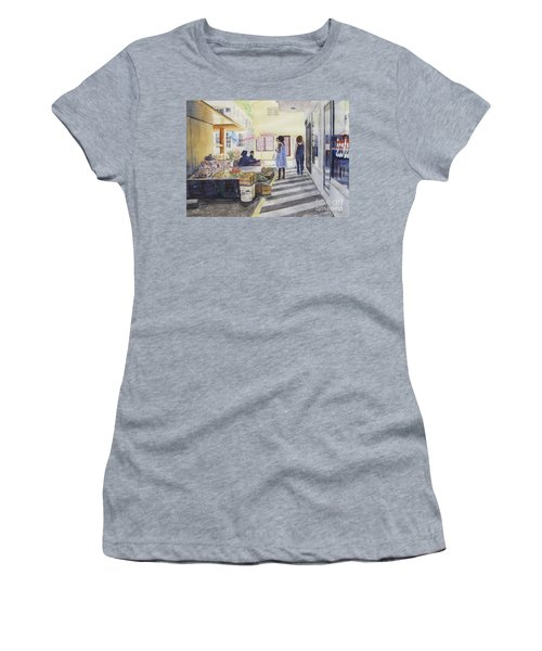 St Martin Locals Women's T-Shirt (Athletic Fit)