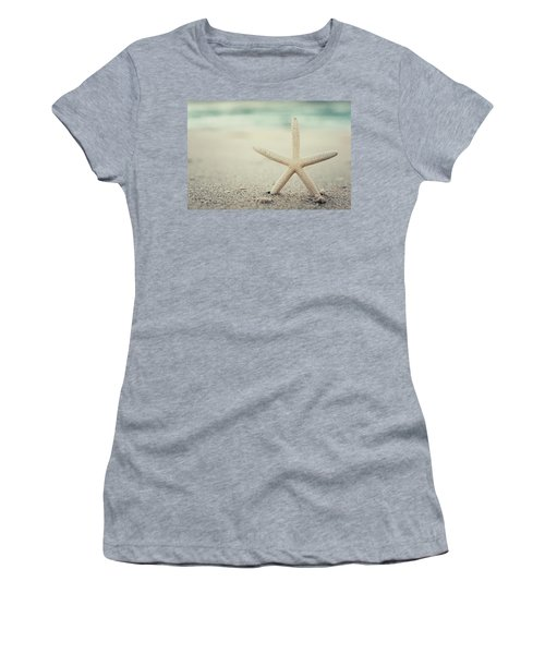Starfish On Beach Vintage Seaside New Jersey  Women's T-Shirt