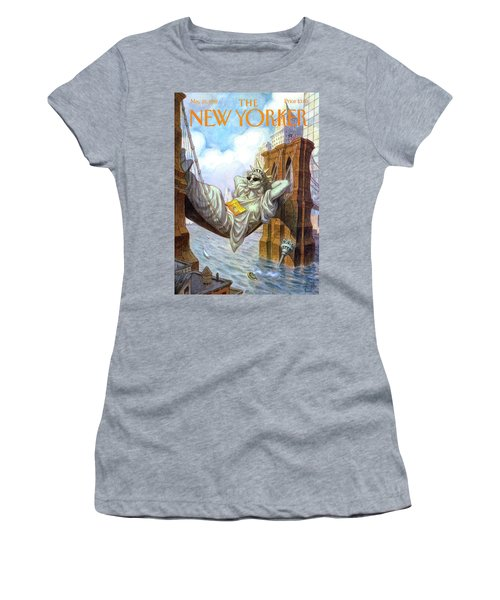 Statue Of Liberty Lounges Between The Brooklyn Women's T-Shirt