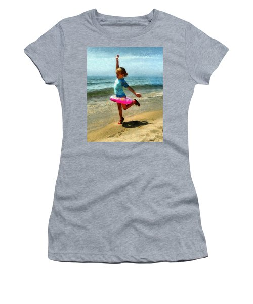 Summertime Girl Women's T-Shirt
