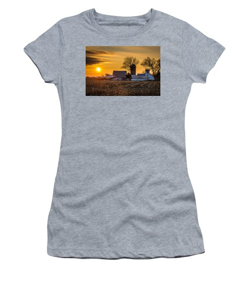 Sun Rise Over The Farm Women's T-Shirt