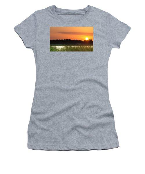 Sunrise At Lakewood Ranch Florida Women's T-Shirt