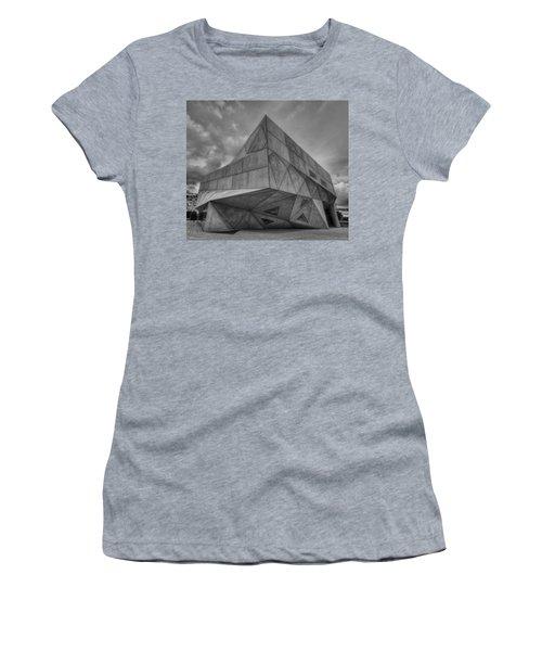 Tel Aviv Museum  Women's T-Shirt