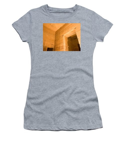 Temple Interior Women's T-Shirt (Athletic Fit)
