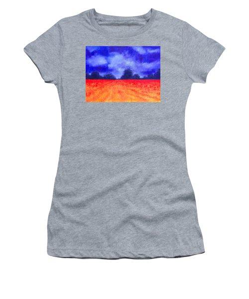 The Autumn Arrives Women's T-Shirt