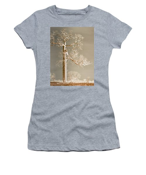 The Dreaming Tree Women's T-Shirt (Athletic Fit)