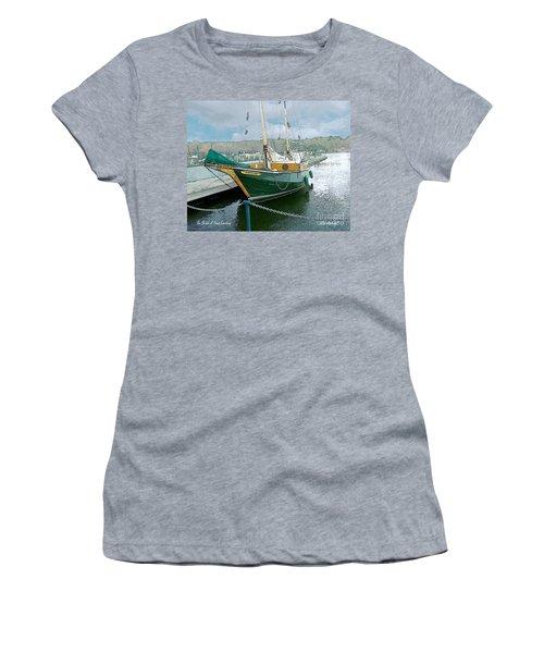 The Shiloh Women's T-Shirt
