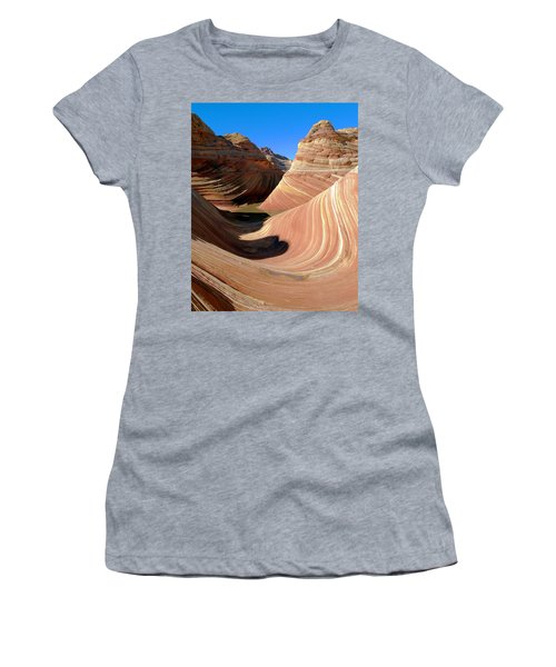 'the Wave' North Coyote Buttes 19 Women's T-Shirt