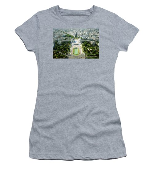 Tilted Reality Women's T-Shirt