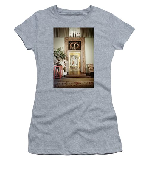 Tony Duquette's Entrance Hall Women's T-Shirt