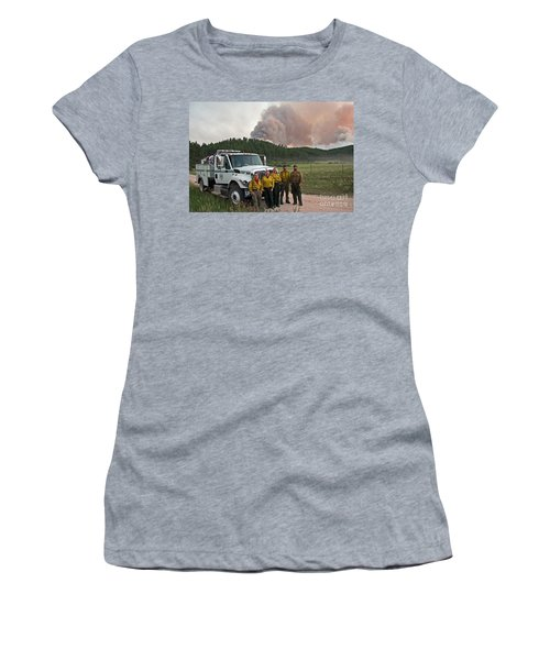 Umpqua Engine 25 On Myrtle Fire Women's T-Shirt (Athletic Fit)