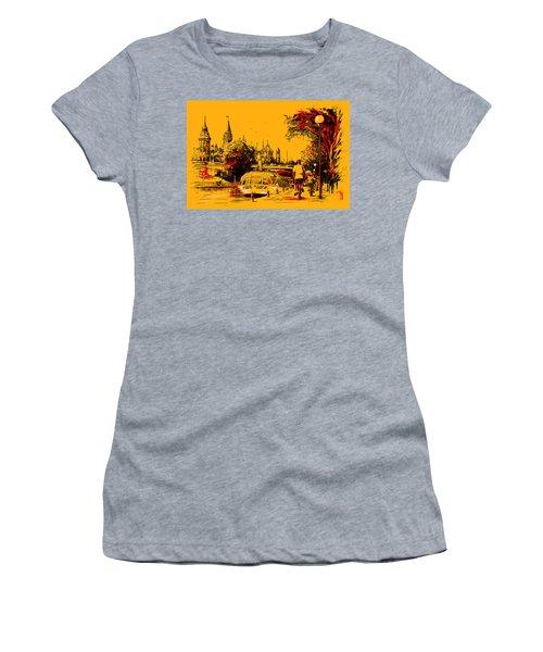 Vancouver Art 002 Women's T-Shirt