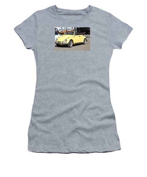 Volkswagen Convertible Vintage Women's T-Shirt