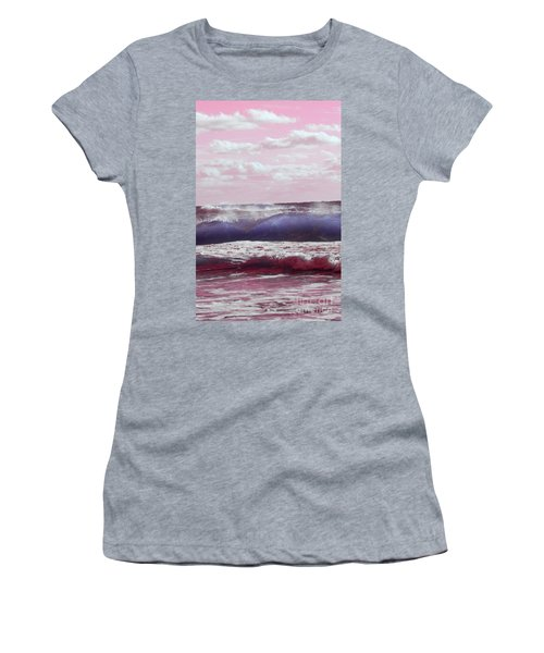 Wave Formation 2 Women's T-Shirt