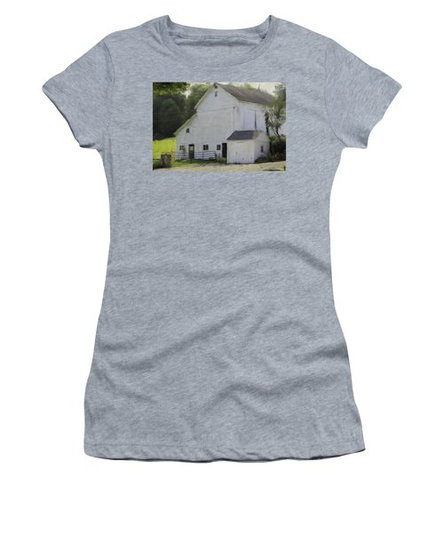 Westport Barn Women's T-Shirt (Athletic Fit)