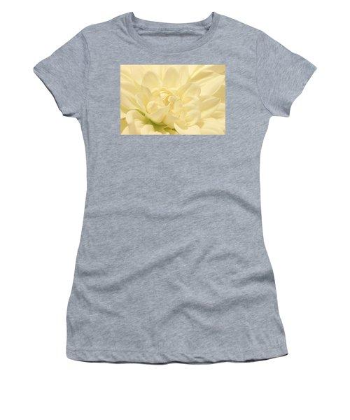 White Dahlia Dreams Women's T-Shirt (Athletic Fit)