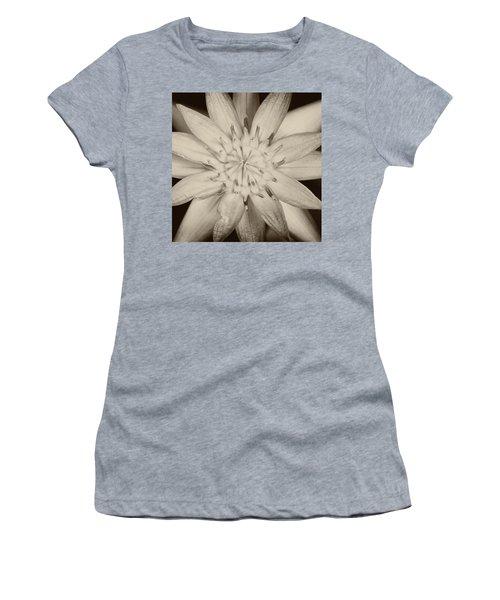 Lotus Women's T-Shirt