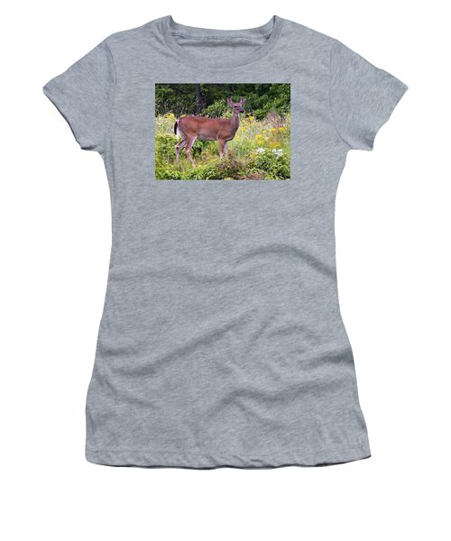 Whitetail Deer Women's T-Shirt (Athletic Fit)