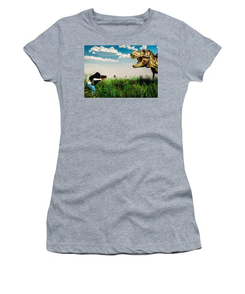 Wildlife Photographer  Women's T-Shirt (Athletic Fit)