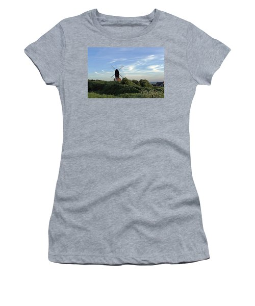 Windmill On Brill Common Women's T-Shirt