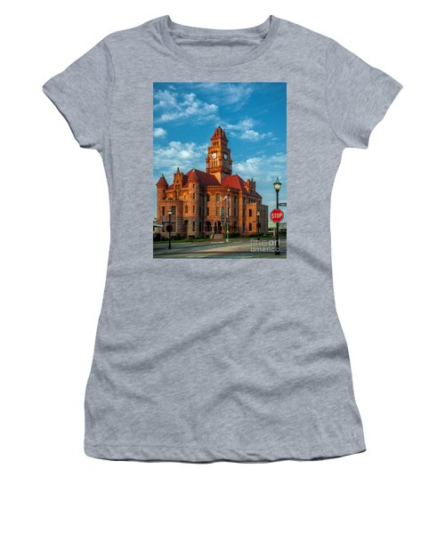 Wise County Courthouse Women's T-Shirt