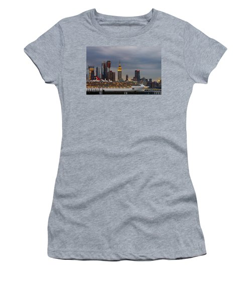 Cruisin By The City Women's T-Shirt (Athletic Fit)
