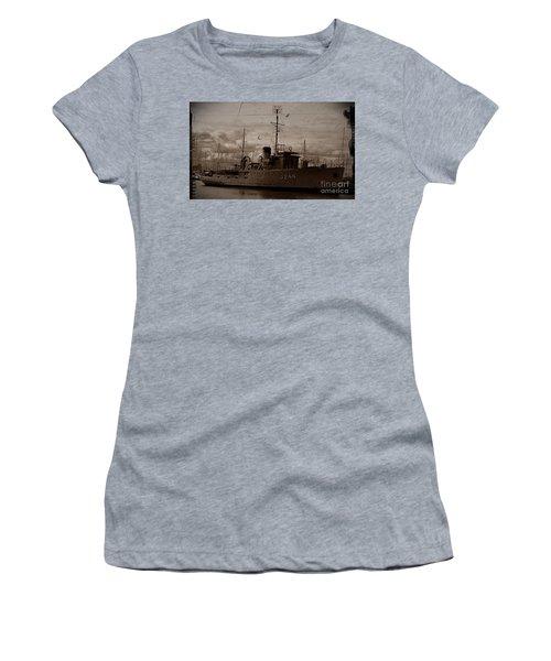 Women's T-Shirt (Junior Cut) featuring the photograph Hmas Castlemaine 2 by Blair Stuart