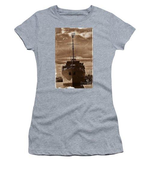Women's T-Shirt (Junior Cut) featuring the photograph Hmas Castlemaine by Blair Stuart