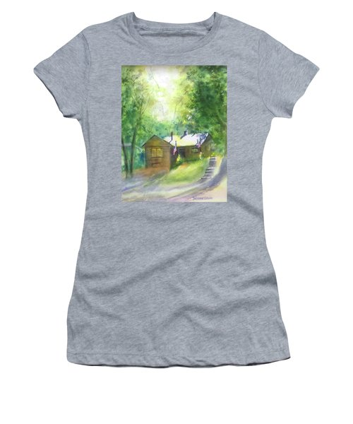 Cool Colorado Cabin Women's T-Shirt (Athletic Fit)