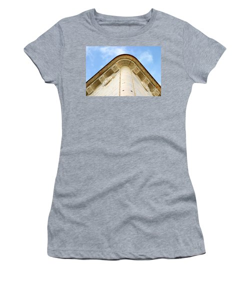 Corner Building Women's T-Shirt (Athletic Fit)