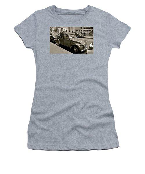 Women's T-Shirt (Junior Cut) featuring the photograph Favored Car by Eric Tressler
