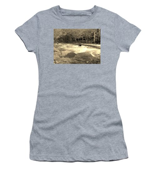 Great Smoky Mountain Women's T-Shirt (Athletic Fit)