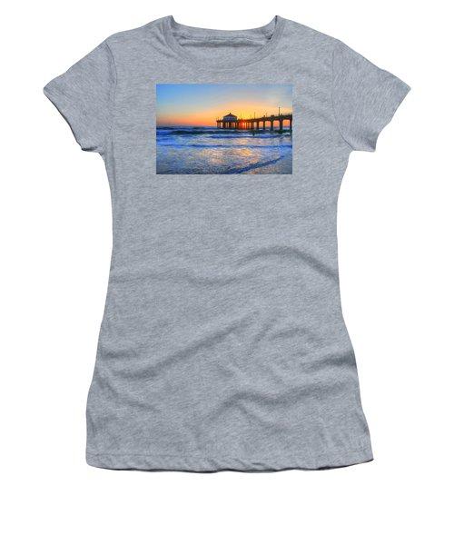 Manhattan Pier Sunset Women's T-Shirt