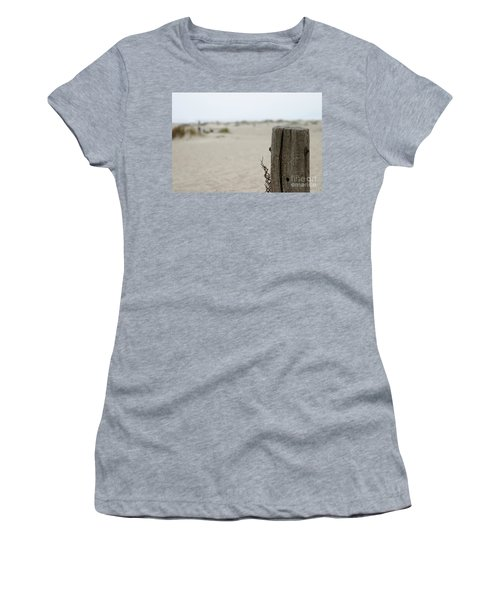 Old Fence Pole Women's T-Shirt (Athletic Fit)